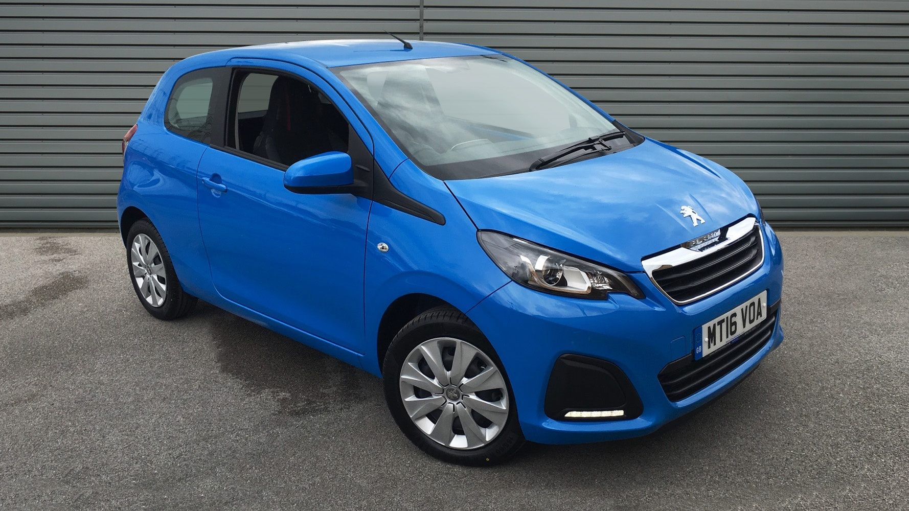 used peugeot 108 hatchback 1 0 active 3dr mt16voa. Black Bedroom Furniture Sets. Home Design Ideas