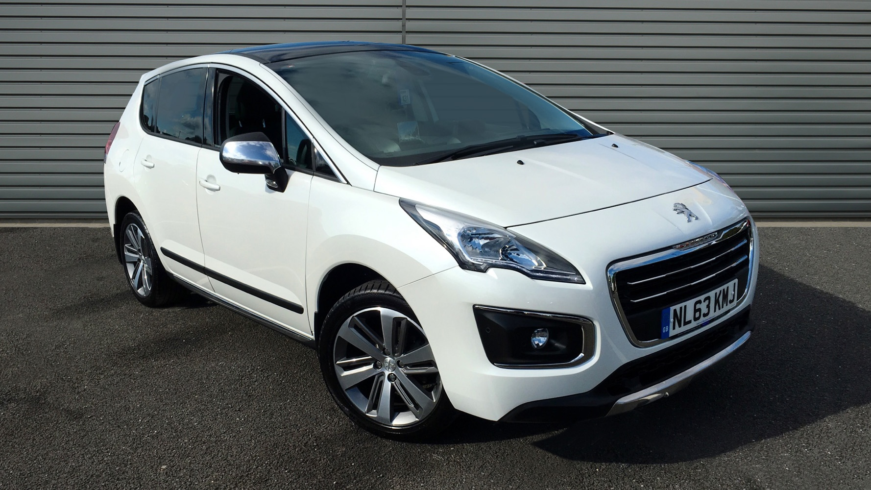 used peugeot 3008 hatchback 1 6 hdi fap allure 5dr 2013. Black Bedroom Furniture Sets. Home Design Ideas