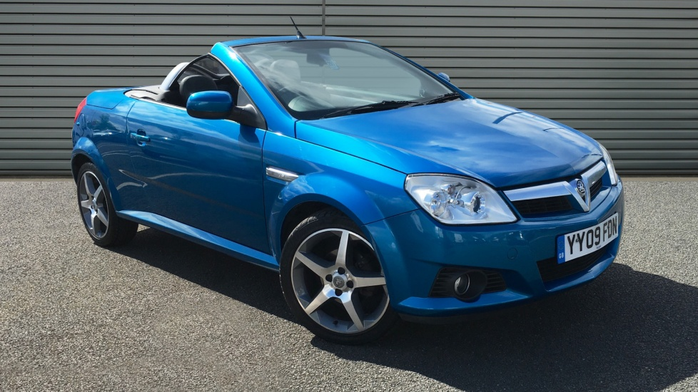 Used Vauxhall TIGRA 1.4 i 16v Exclusiv 2dr (a/c)