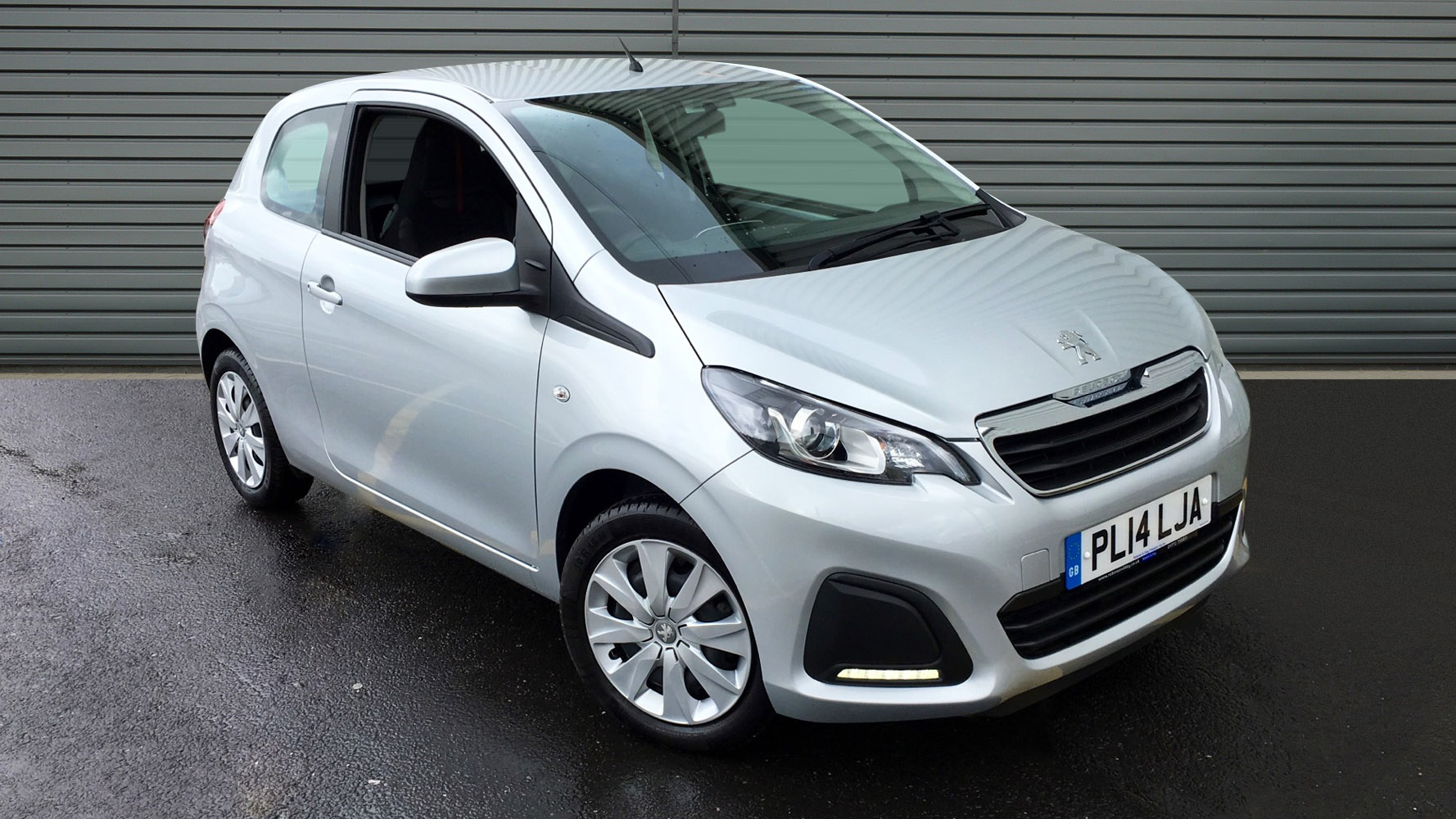 used peugeot 108 hatchback 1 0 active 3dr 2014 pl14lja. Black Bedroom Furniture Sets. Home Design Ideas