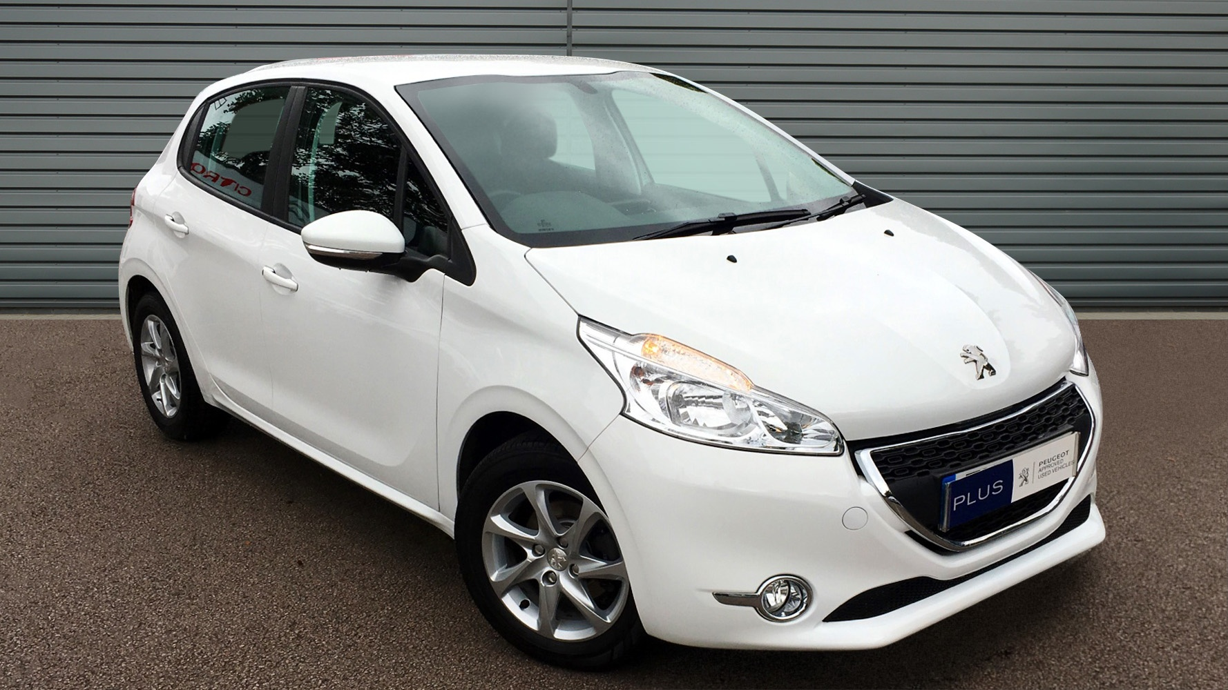 used peugeot 208 hatchback 1 0 vti active 5dr 2014 en14cbf. Black Bedroom Furniture Sets. Home Design Ideas