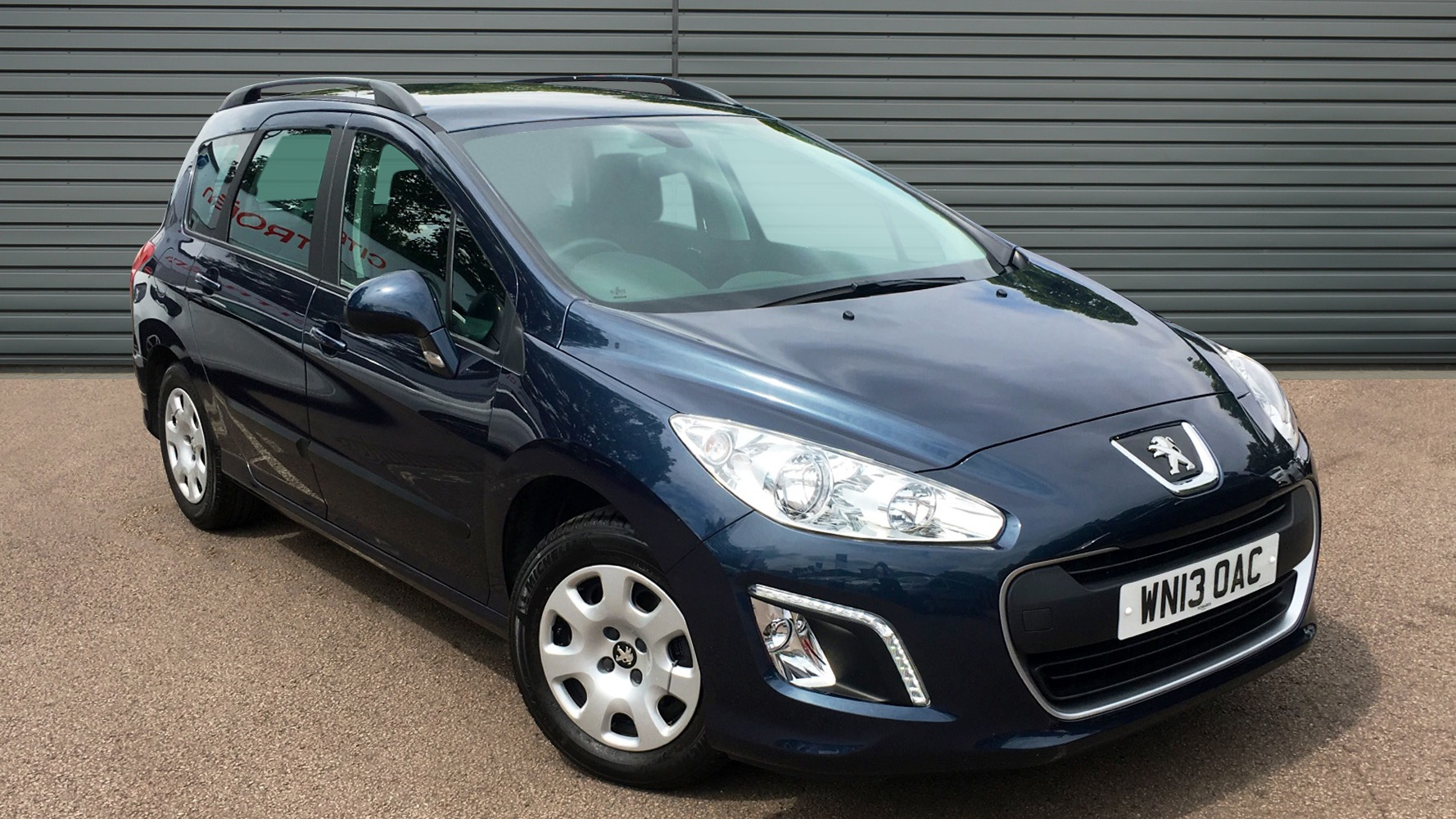 used peugeot 308 sw estate 1 6 hdi fap access 5dr 2013 wn13oac. Black Bedroom Furniture Sets. Home Design Ideas