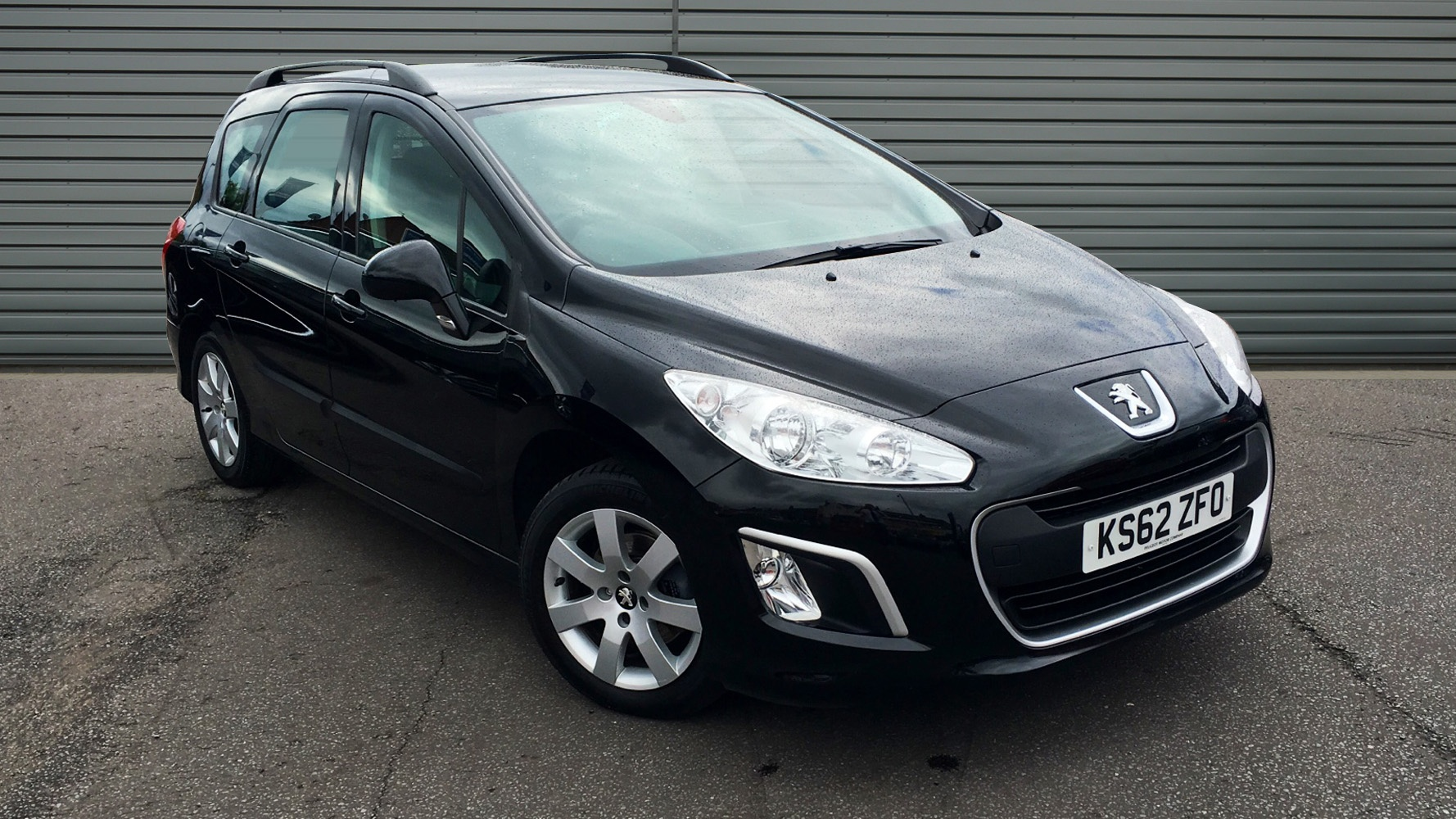 used peugeot 308 sw estate 1 6 hdi sr 5dr 2013 ks62zfo. Black Bedroom Furniture Sets. Home Design Ideas