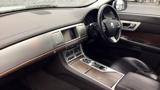 Jaguar XF 2.2d [200] Luxury 4dr Saloon Auto Diesel - Full Franchise History - Satellite Navigation - Cruise Control - Bluetooth