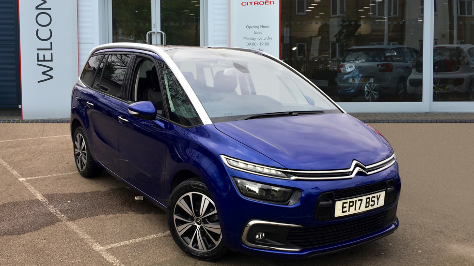 citroen romford citroen dealers new used cars vans romford robins and day. Black Bedroom Furniture Sets. Home Design Ideas
