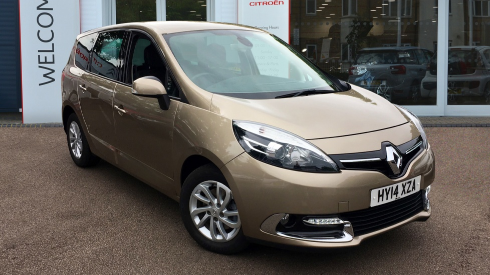 Used Renault GRAND SCENIC MPV 1.5 TD Dynamique Tom Tom (Bose+ pack) 5dr (start/stop)