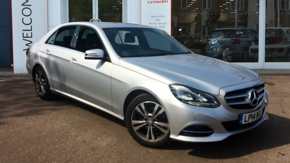 Used Mercedes-benz E CLASS Saloon 2.1 E220 CDI SE 7G-Tronic Plus 4dr