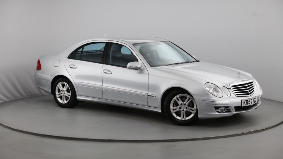 Used Mercedes-benz E CLASS Saloon 2.1 E220 CDI Avantgarde 4dr