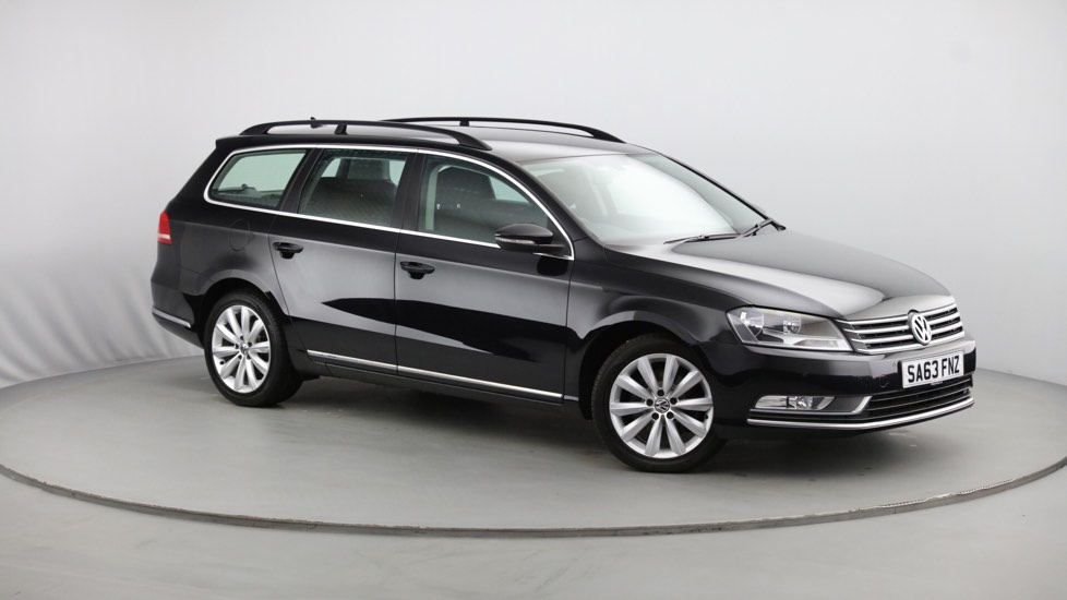 Used Volkswagen PASSAT Estate 2.0 TDI BlueMotion Tech Highline DSG 5dr