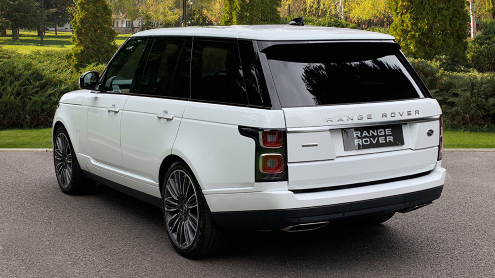Land Rover Range Rover 4.4 SDV8 Autobiography 4dr - Sliding Panoramic Roof - Privacy Glass - Head Up Display image 2 thumbnail