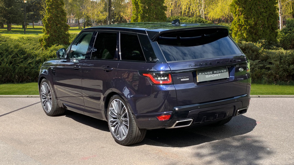 Land Rover Range Rover Sport 3.0 SDV6 Autobiography Dynamic 5dr Auto - 2019 MY - Sliding Panoramic Roof - Privacy Glass image 2