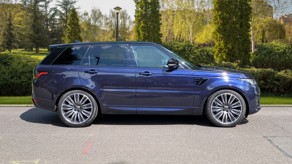 Land Rover Range Rover Sport 3.0 SDV6 Autobiography Dynamic 5dr Auto - 2019 MY - Sliding Panoramic Roof - Privacy Glass image 5