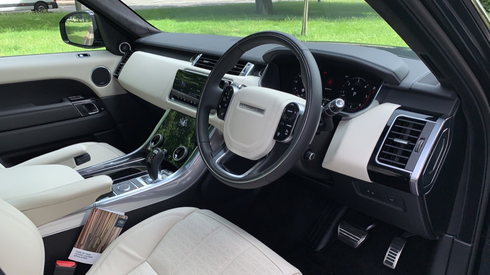 Land Rover Range Rover Sport 3.0 SDV6 Autobiography Dynamic 5dr Auto - 2019 MY - Sliding Panoramic Roof - Privacy Glass image 27