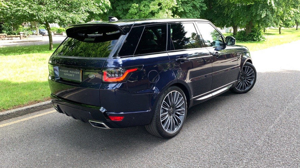 Land Rover Range Rover Sport 3.0 SDV6 Autobiography Dynamic 5dr Auto - 2019 MY - Sliding Panoramic Roof - Privacy Glass image 36