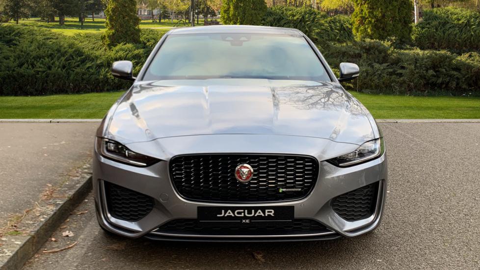 Jaguar XE XE 2.0 D R-SPORT 5dr NEW AND UNREGISTERED image 7