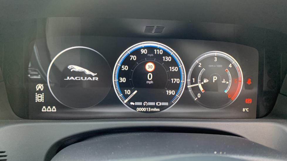 Jaguar XF SPORTBRAKE 2.0 D R-SPORT **New Unregistered image 19