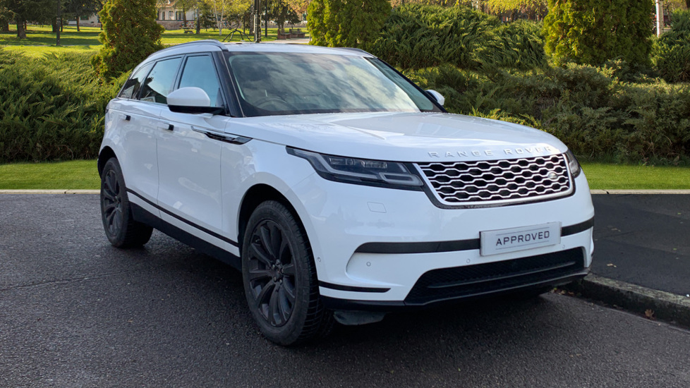 Land Rover Range Rover Velar 2.0 D180 5dr - Sliding Panoramic Roof - Privacy Glass -  Diesel Automatic Estate (2018) at Land Rover Woodford thumbnail image