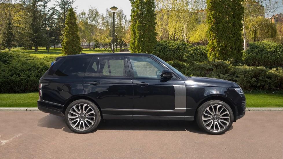 Land Rover Range Rover 4.4 SDV8 Autobiography 4dr image 5