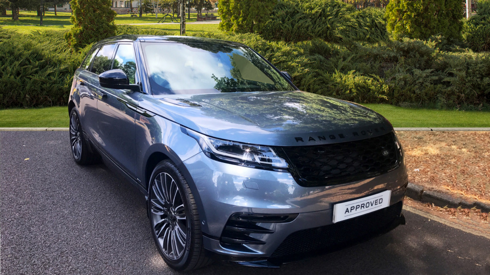 Land Rover Range Rover Velar 2.0 D240 R-Dynamic SE 5dr - Sliding Panoramic roof - Privacy Glass -  Diesel Automatic Estate (2018) image