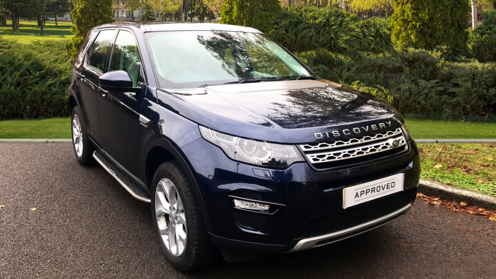 Land Rover Discovery Sport 2.2 SD4 HSE 5dr - Fixed Panoramic Roof - 5+2 Seats - Fixed Side Steps -  Diesel Automatic 4x4 (2015) image
