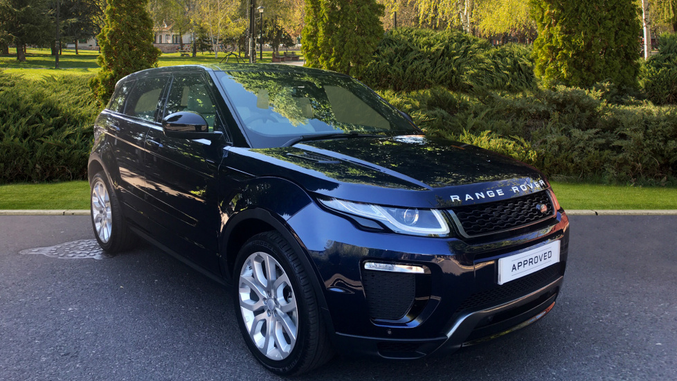 Land Rover Range Rover Evoque 2.0 TD4 HSE Dynamic 5dr - Fixed Panoramic Roof - Privacy Glass -  Diesel Automatic Hatchback (2017) at Land Rover Woodford thumbnail image