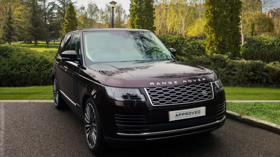 Land Rover Range Rover 4.4 SDV8 Autobiography 4dr - Sliding Panoramic Roof - Privacy Glass - Rear Seat Entertainment -  Diesel Automatic 5 door Estate (2018) image