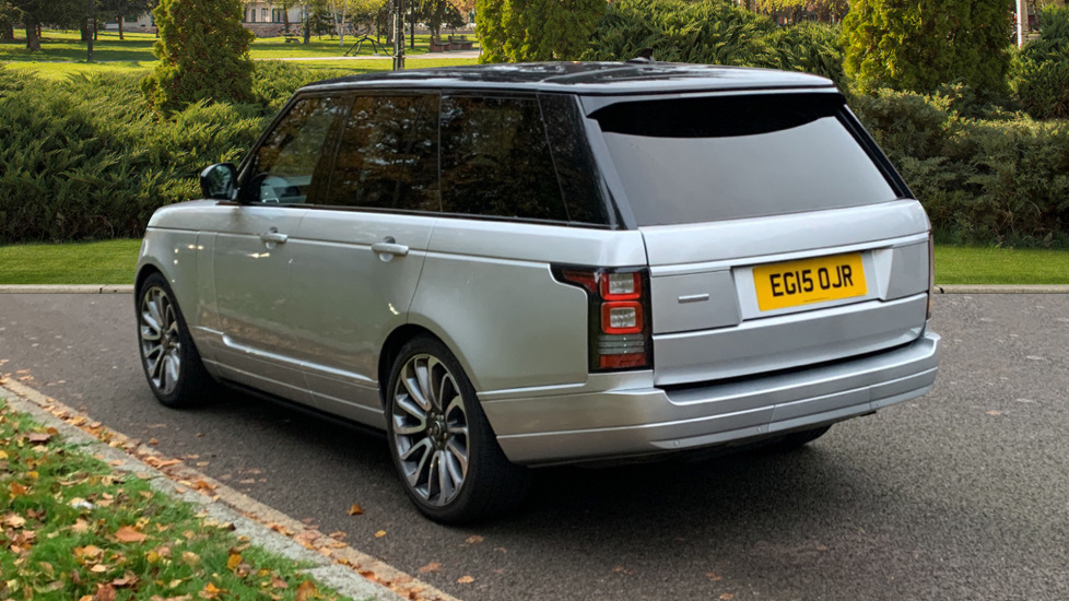 Land Rover Range Rover 3.0 TDV6 Autobiography 4dr - Sliding Panoramic Roof - Privacy Glass -  image 2
