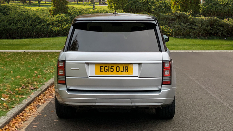 Land Rover Range Rover 3.0 TDV6 Autobiography 4dr - Sliding Panoramic Roof - Privacy Glass -  image 6