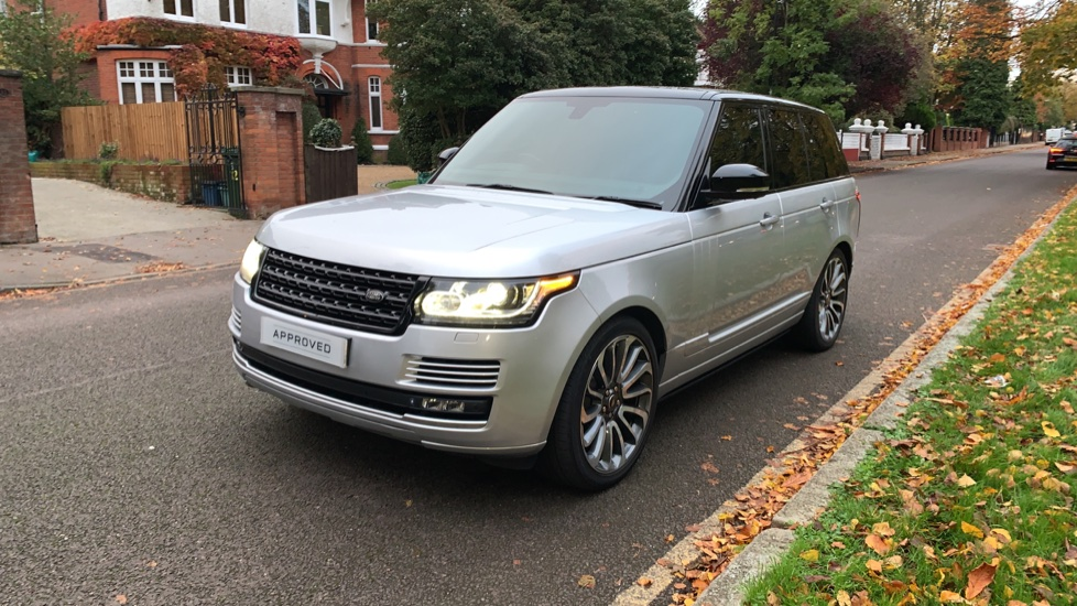 Land Rover Range Rover 3.0 TDV6 Autobiography 4dr - Sliding Panoramic Roof - Privacy Glass -  image 31