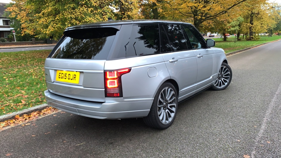 Land Rover Range Rover 3.0 TDV6 Autobiography 4dr - Sliding Panoramic Roof - Privacy Glass -  image 34