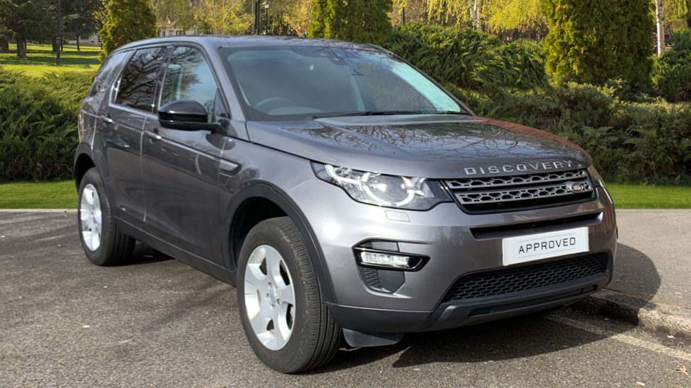 Land Rover Discovery Sport 2.0 TD4 Pure 5dr [5 seat] Diesel 4 door 4x4 (2017)