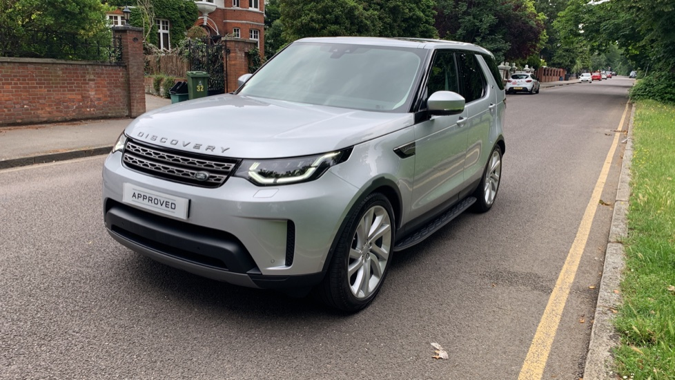Land Rover Discovery 3.0 SDV6 Anniversary Edition 5dr - Fixed Panoramic Roof - Privacy Glass - 5+2 Seats image 35
