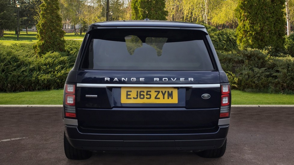 Land Rover Range Rover 4.4 SDV8 Autobiography 4 dr image 6