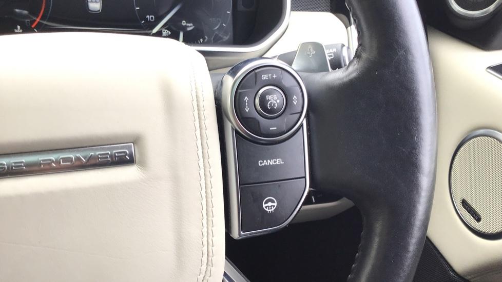 Land Rover Range Rover 4.4 SDV8 Autobiography 4 dr image 15