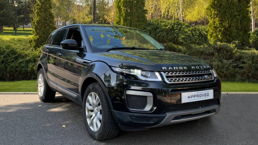 Land Rover Range Rover Evoque 2.0 TD4 SE 5dr Diesel Automatic Hatchback (2017) at Land Rover Woodford thumbnail image
