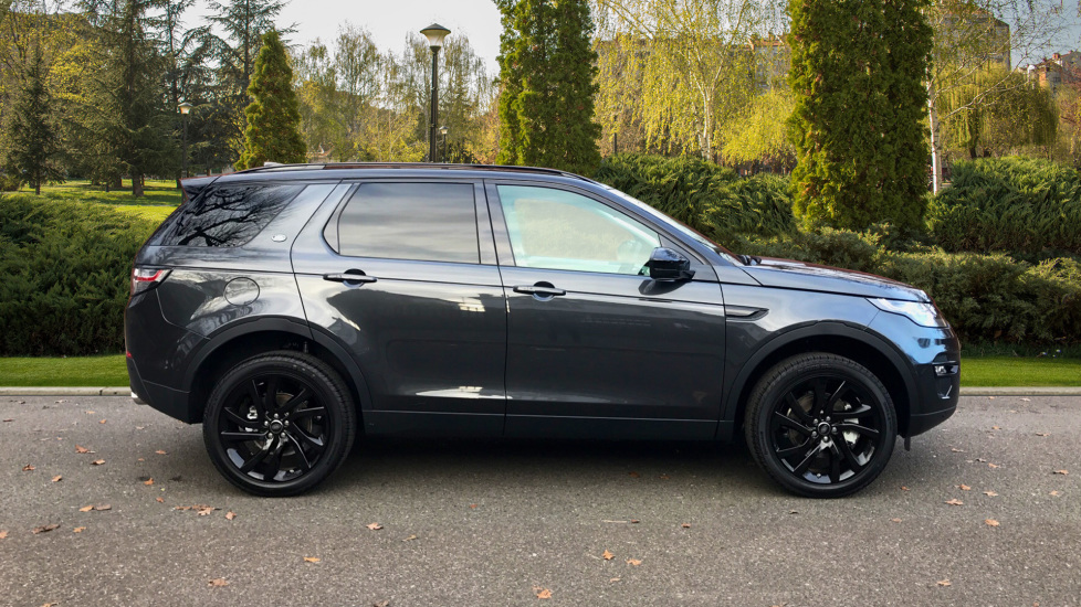 Land Rover Discovery Sport 2.0 Si4 240 HSE 5dr - Fixed Panoramic Roof - Privacy Glass - 5+2 Seats - image 5