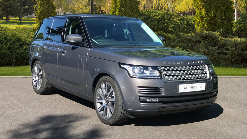Land Rover Range Rover 4.4 SDV8 Vogue SE 4dr - Fixed Panoramic Roof - Privacy Glass Diesel Automatic 5 door Estate (2016) image