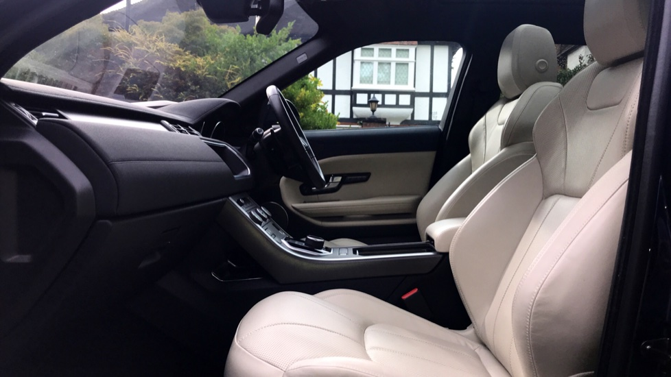 Land Rover Range Rover Evoque 2.0 SD4 HSE Dynamic Lux 5dr - Fixed Panoramic Roof - Privacy Glass - Head Up Display -  image 3