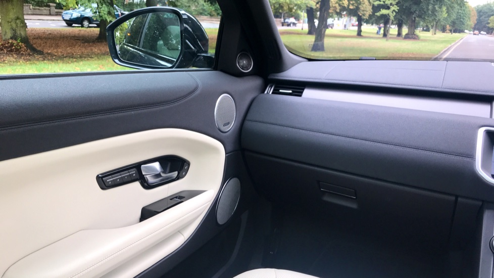 Land Rover Range Rover Evoque 2.0 SD4 HSE Dynamic Lux 5dr - Fixed Panoramic Roof - Privacy Glass - Head Up Display -  image 12