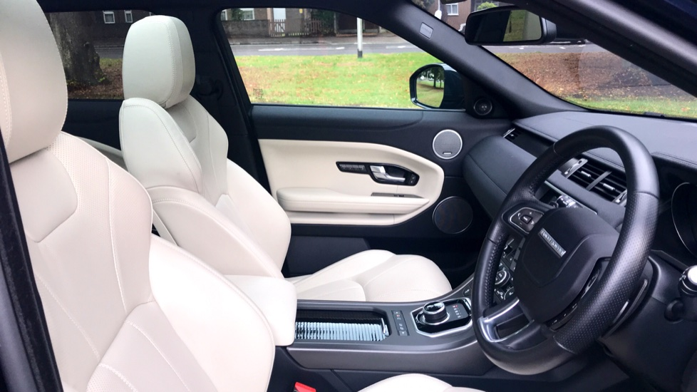 Land Rover Range Rover Evoque 2.0 SD4 HSE Dynamic Lux 5dr - Fixed Panoramic Roof - Privacy Glass - Head Up Display -  image 28