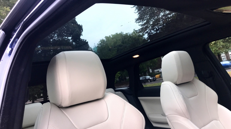 Land Rover Range Rover Evoque 2.0 SD4 HSE Dynamic Lux 5dr - Fixed Panoramic Roof - Privacy Glass - Head Up Display -  image 29