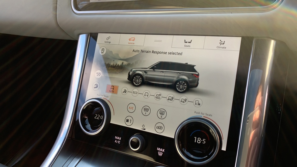 Land Rover Range Rover Sport 5.0 V8 S/C 575 SVR - Sliding Panoramic Roof - Privacy Glass - Head Up Display -  image 20