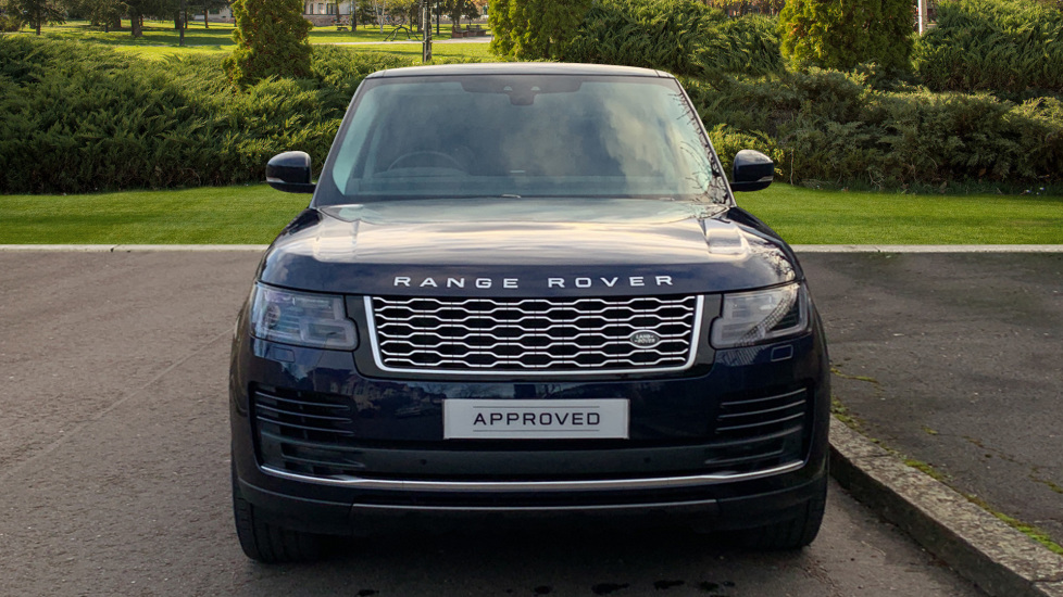 Land Rover New Range Rover 4.4 SDV8 Vogue 5dr - Fixed Panoramic Roof - Privacy Glass- In control Touch Pro-Immediate Delivery. image 7