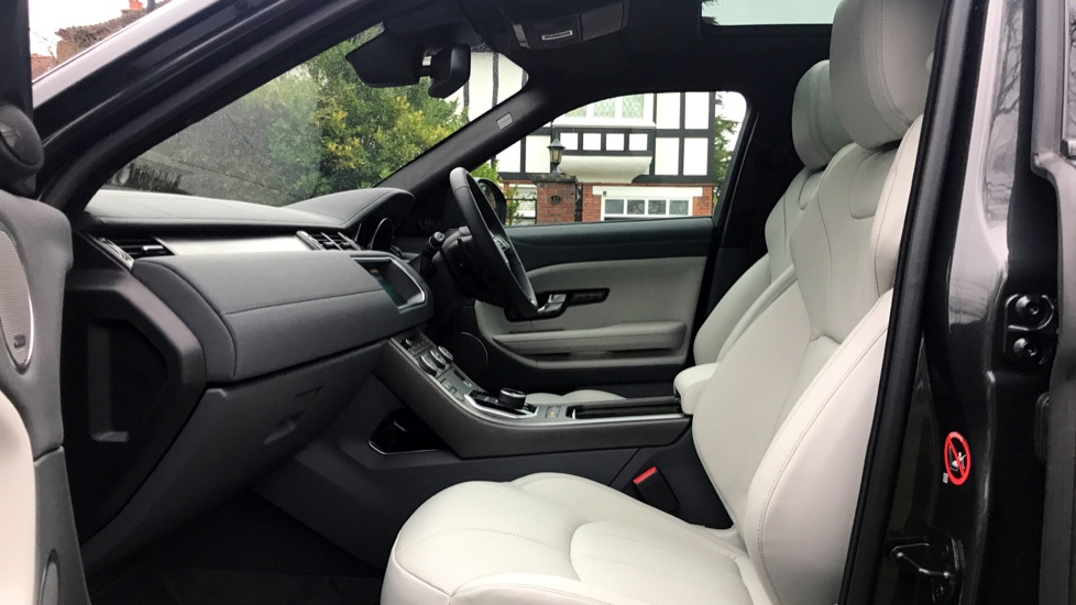 Land Rover Range Rover Evoque 2.0 SD4 HSE Dynamic 5dr - Fixed Panoramic Roof - Privacy Glass -  image 3