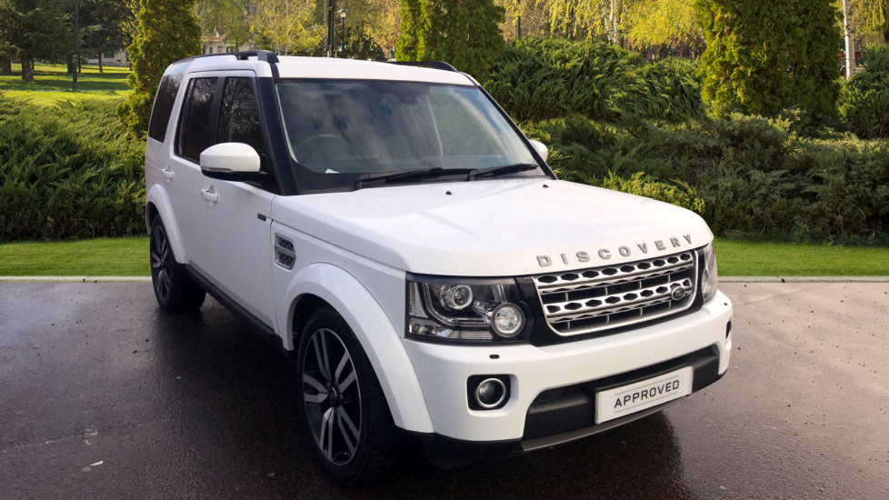 Land Rover Discovery 3.0 SDV6 HSE Luxury 5dr - Panoramic Roof Diesel Automatic 4x4 (2015) image