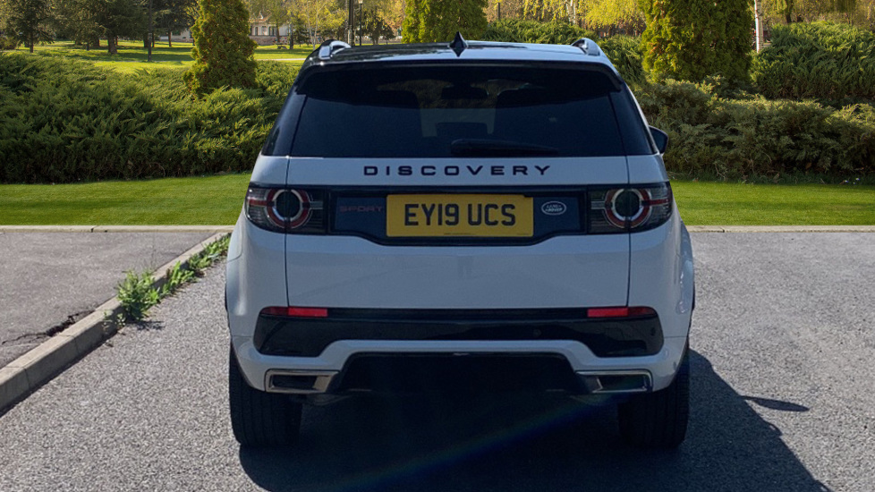 Land Rover Discovery Sport 2.0 SD4 240 HSE Dynamic Luxury 5dr - Fixed Panoramic Roof - Privacy Glass - Black Pack image 6