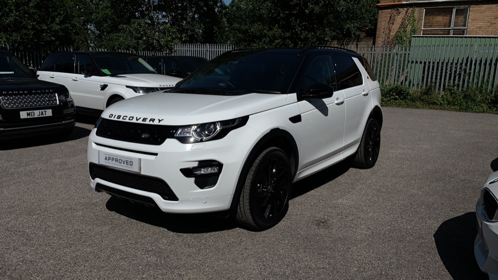 Land Rover Discovery Sport 2.0 SD4 240 HSE Dynamic Luxury 5dr - Fixed Panoramic Roof - Privacy Glass - Black Pack image 32