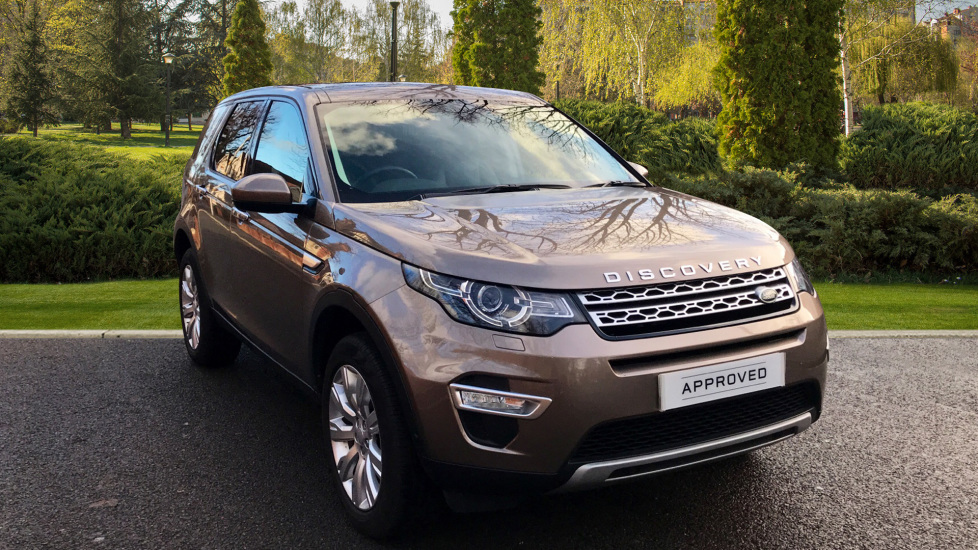 Land Rover Discovery Sport 2.0 180HP TD4 HSE LUX Auto 5Dr - Fixed Panoramic Roof - Privacy Glass -  Diesel Automatic 5 door 4x4 (2017) image