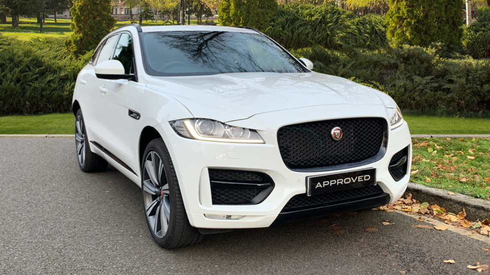 Jaguar F-PACE 2.0d R-Sport 5dr AWD - Panoramic Roof - Privacy Glass -  Diesel Automatic Estate (2020) image