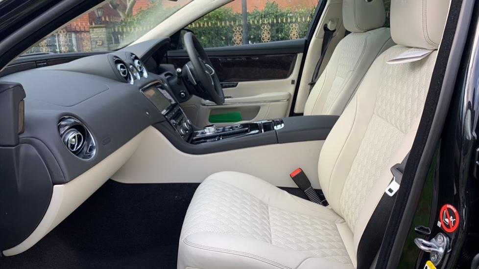 Jaguar XJ XJ50  Final Edition -New Unregistered. image 4